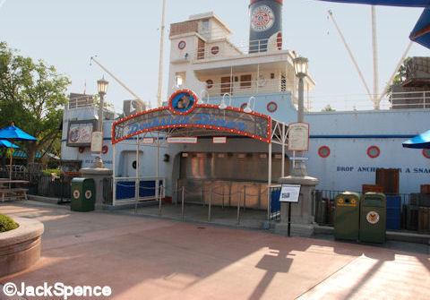 Min and Bill's Dockside Diner