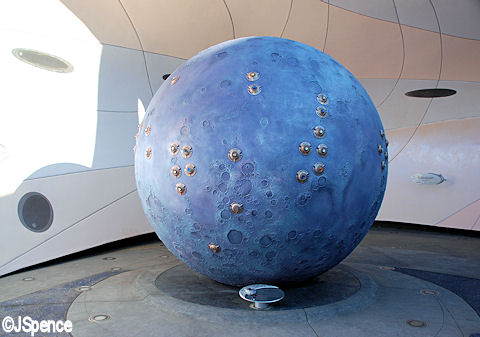 Model of the Moon