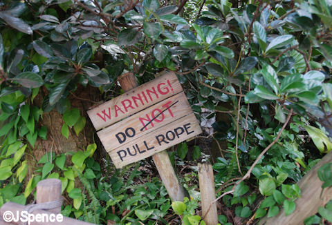 Pull Rope Sign