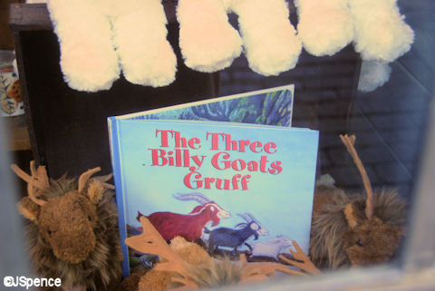 "Book - ""The Three Billy Goats Gruff"""