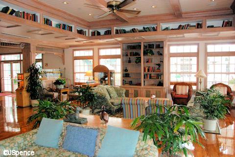 OKW Lobby Lounge