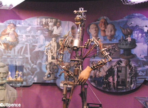 Early Audio-Animatronics Figure