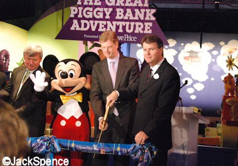 Piggy%20Bank%2004.jpg
