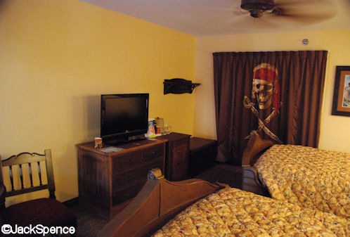 Pirate%20Room%2011%20Bathroom%20Partition.jpg