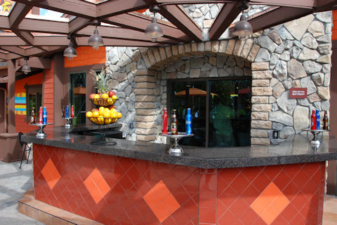 Outdoor Latin Drink Bar
