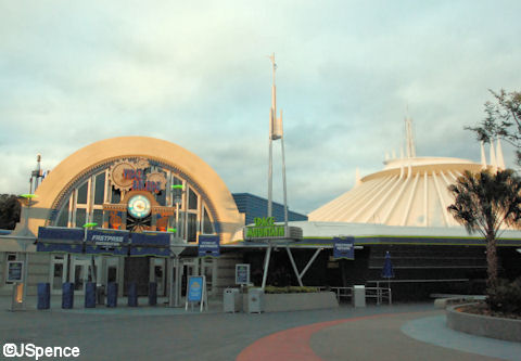 Space Mountain Entrance