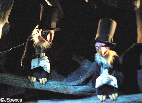 Vultures in Splash Mountain Disneyland