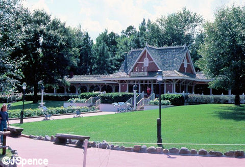 Old Magic Kingdom Frontierland Train Station