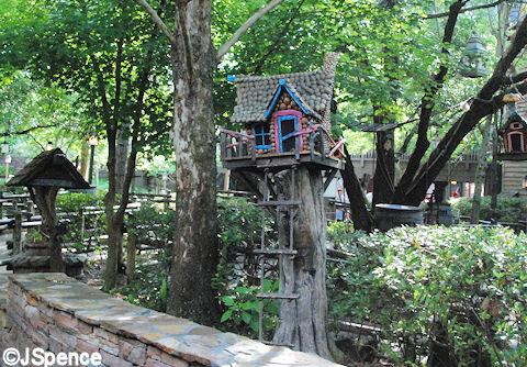 Critter Home in Outdoor Queue