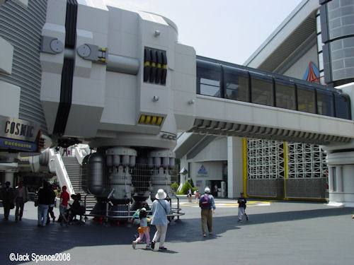 Star Tours Tokyo Disneyland
