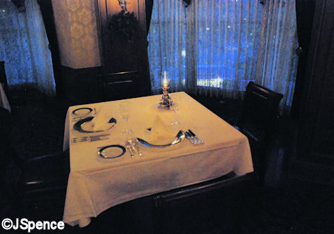 Tokyo Club 33 Table