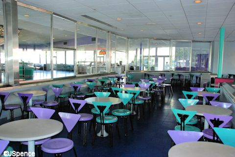 Cosmic Ray's Starlight Café Seating