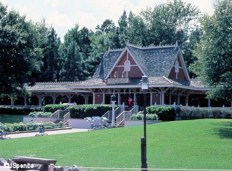 Old Frontierland Train Station