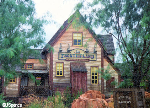 New Frontierland Train Station