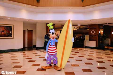 Goofy in the Lobby