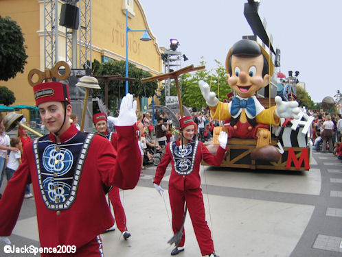 Walt Disney Studios Park Paris Disney Cinema Parade