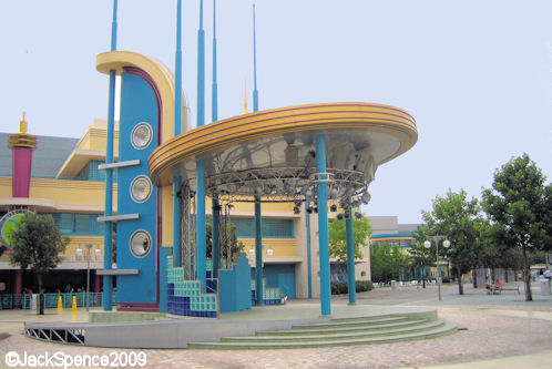 Walt Disney Studios Park Paris Production Courtyard Bandstand