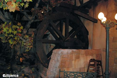 Biergarten Restaurant Waterwheel