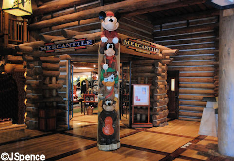 Wilderness Lodge Totem Pole
