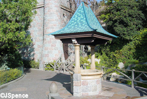 Snow White Wishing Well