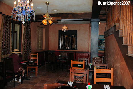 Y%26Y%20downstairs%20seating%20area%203.jpg