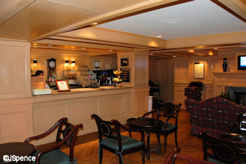 Compass Lounge