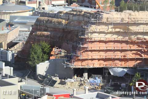 Disneyland Resort Photo Update 12/16/11 - Part 1