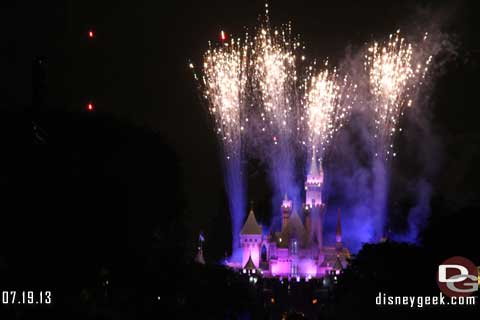 Let Disneyland Entertain You