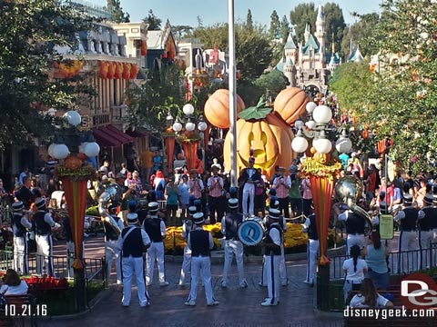 Jason @ disneygeek.com image from Friday, October 21, 2016