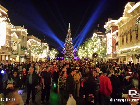 Jason @ disneygeek.com image from Saturday, December 3, 2016