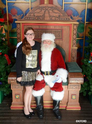 Disney-Springs-santas-chalet-meeting-santa.jpg