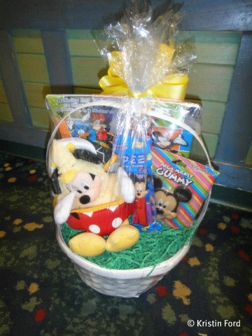 How To Create Customized Easter Baskets At Walt Disney