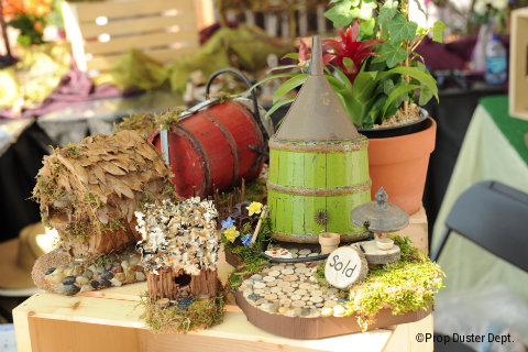 Epcot-flower-and-garden-festival-fairy-houses.jpg