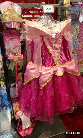 Halloween-costumes-Aurora.jpg
