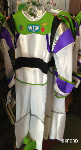 Halloween-costumes-buzz-lightyear.jpg