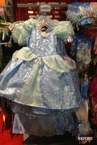 Halloween-costumes-cinderella.jpg