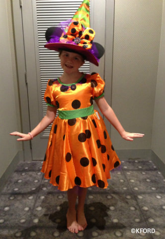 Halloween-costumes-witch-Minnie-Mouse.jpg