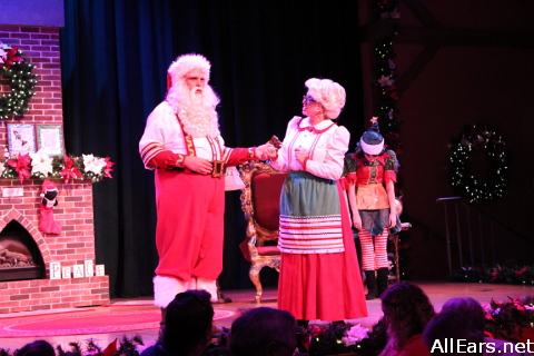 Santas-Fireside-chat-101.jpg