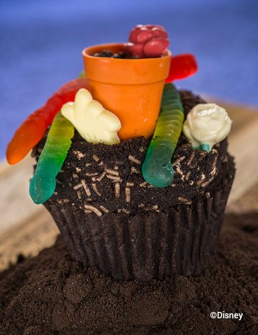 animal-kingdom-earth-day-cupcake.jpg