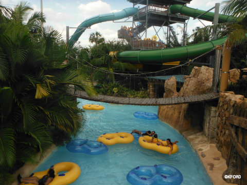 aquatica-lazy-river.jpg