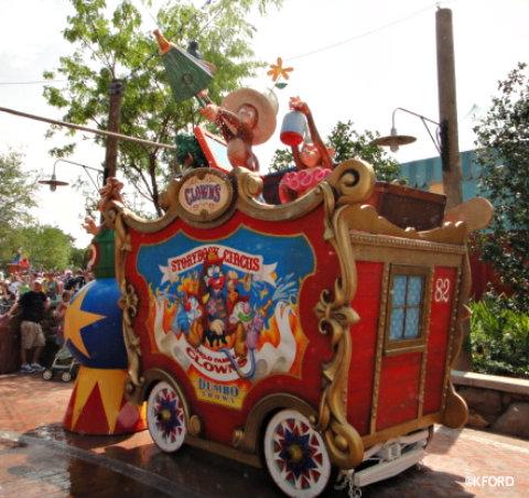 casey-jr-monkey-boxcar.jpg