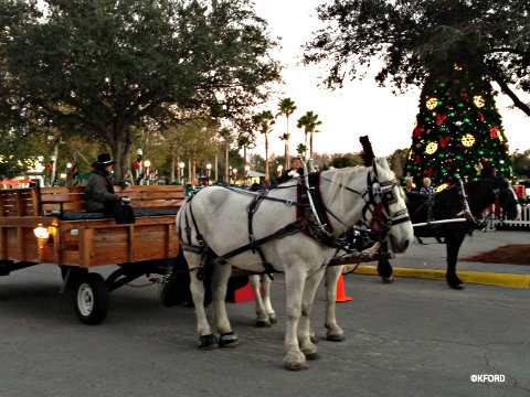 celebration-holiday-wagon-rides.jpg
