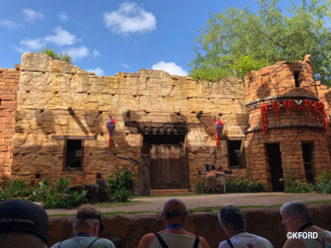 disney-animal-kingdom-up-bird-adventure-stage.jpg