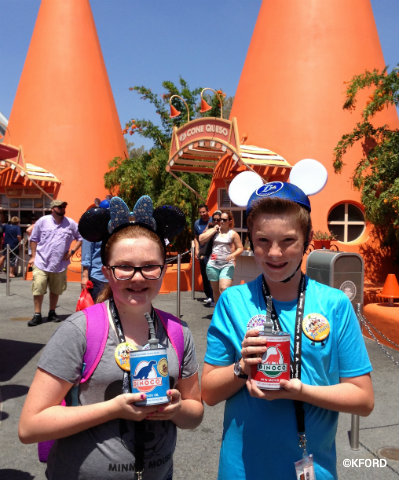 disney-california-adventure-cars-land-cozy-cone-motel-souvenir-cups.jpg