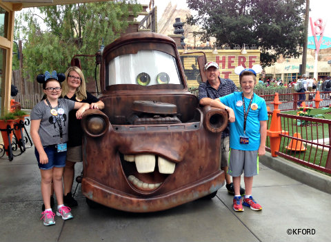 disney-california-adventure-cars-land-mater-meet-and-greet.jpg