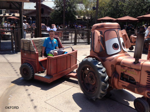 disney-california-adventure-cars-land-maters-junkyard-jamboree.jpg