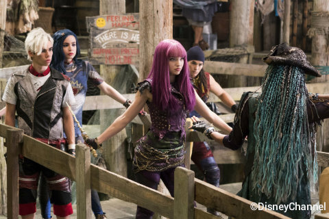 disney-channel-descendants-2-movie.jpg