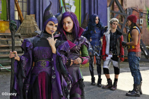 disney-channel-descendants-maleficent-mal.jpg