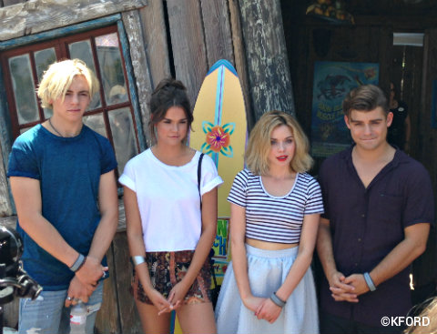 disney-channel-teen-beach-2-cast-typhoon-lagoon.jpg