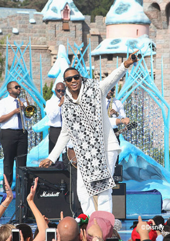 disney-christmas-parade-taping-2014-trey-songz.jpg